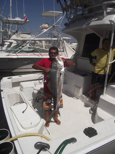02-25-2013-andele-roosterfish-capt-kawi-03