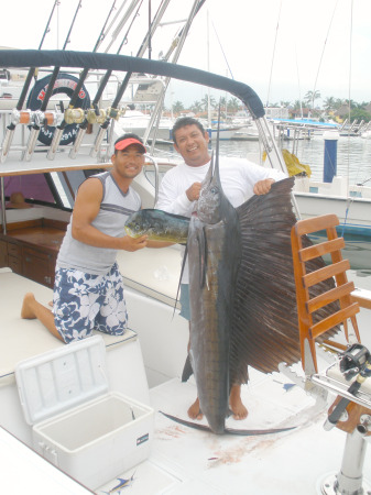 1st Mate Charlie left and Capt. Pepino with their catch of the day. 8 hr trips can produce these results on a daily basis! Come see what Puerto Vallarta Fishing is all about with www.MasterBaiters.com.mx
