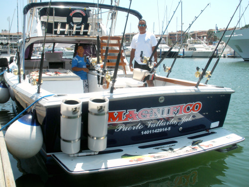 Magnifico, Tuna Tubes, Fighting chair, Top Notch Tackle and Equip.