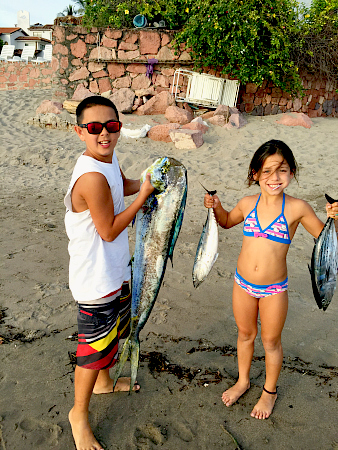 11 14 2014 Tyler Mathewson and sister , Coco Loco super panga 450 pxls