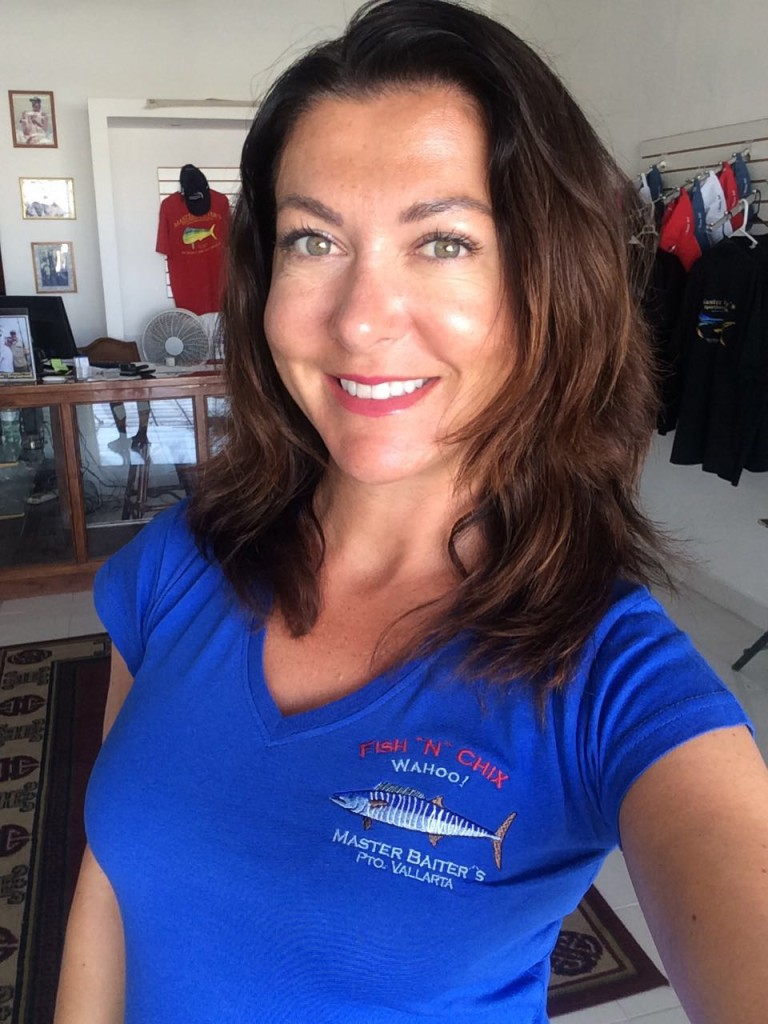 Marina Vallarta Store Mgr Ange is Modeling our new ladies shirt .. Fish ¨N¨ Chix which comes in three colors to choose from. Only in PV for the moment... stay tuned!